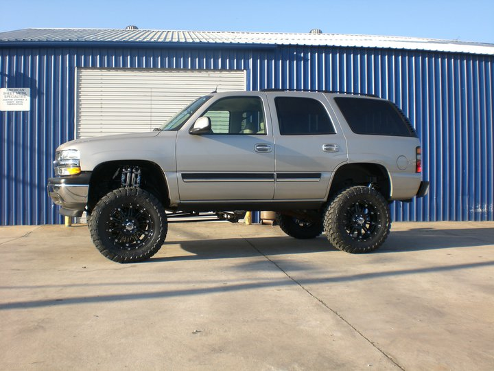 Chevy gmc 6 8 inch lift kit tahoe yukon avalanche chevy gmc 6 8 inch lift kit 2001 2006 suvs publicscrutiny Image collections