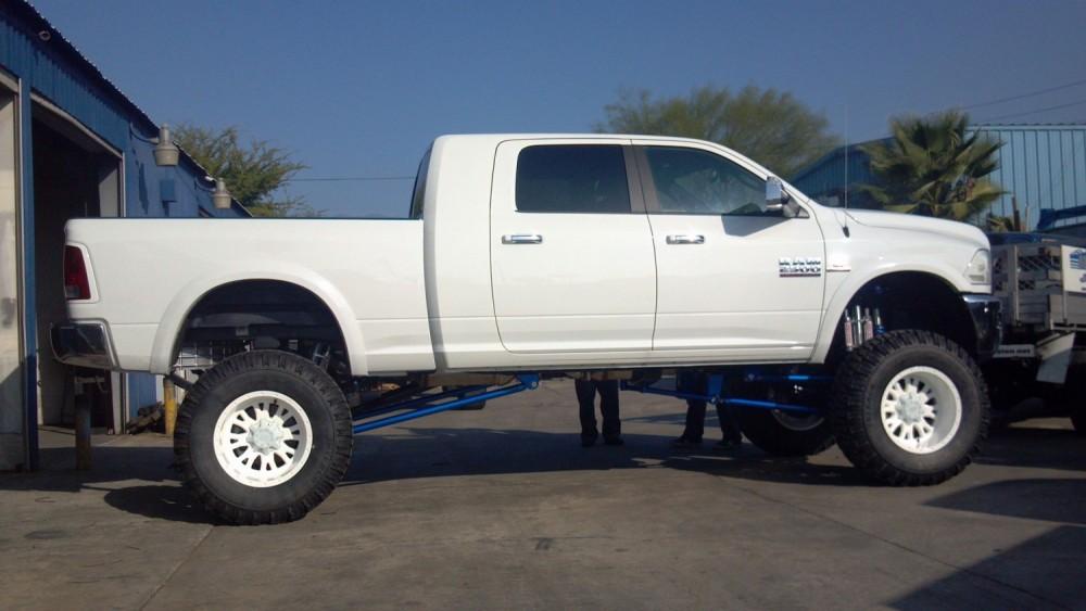 Dodge Ram 2500-3500 10-12 Inch Lift Kit 2009-2013