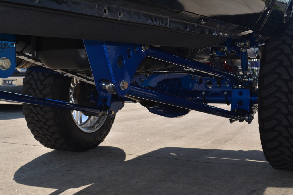 """Ford F-250/350 12"""" 4wd rear cantilever 4 link system"""