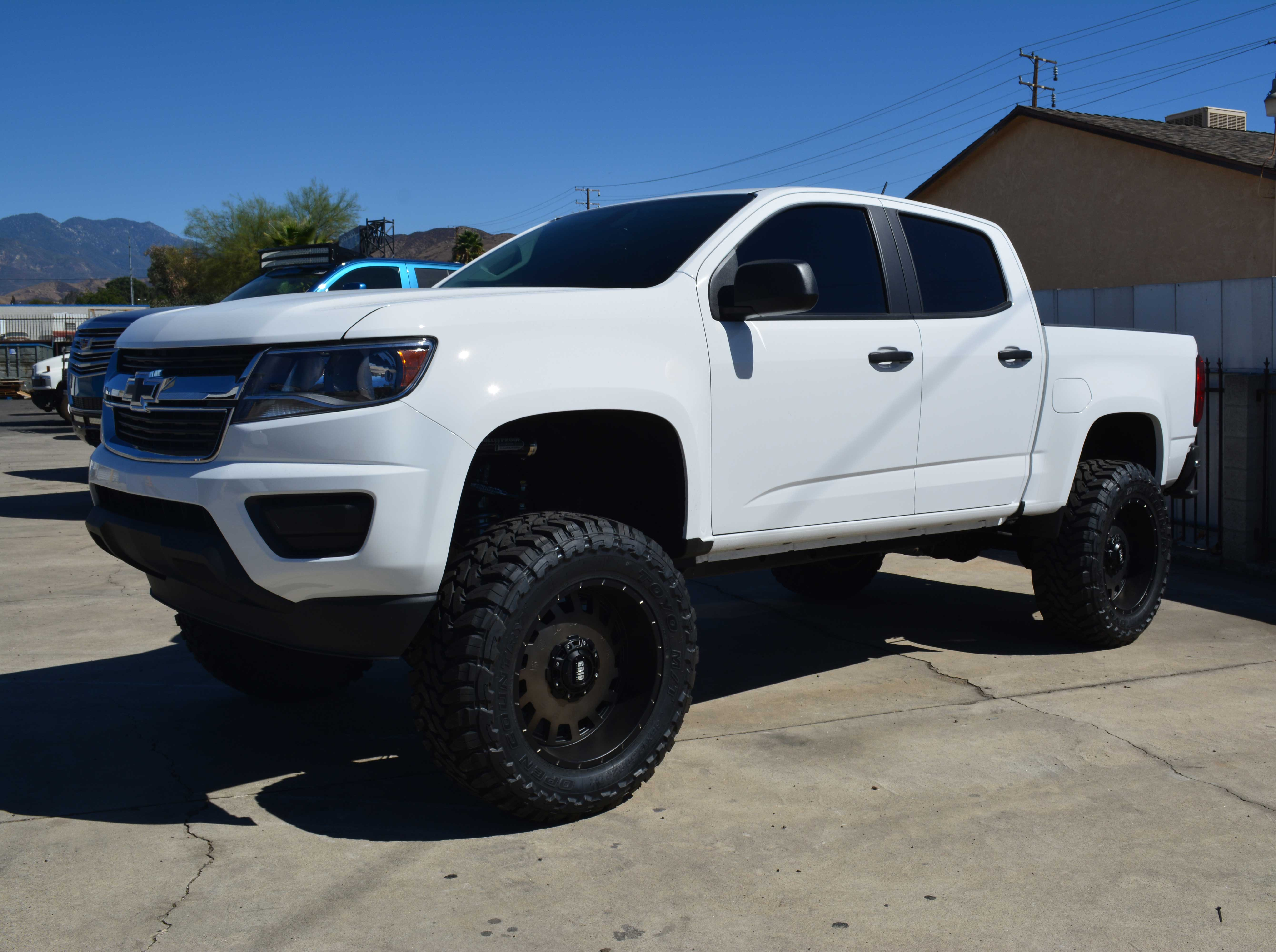 Lifted Chevy Colorado >> Chevrolet Colorado Canyon 6 8 Inch Lift Kit For 2015 Up Models