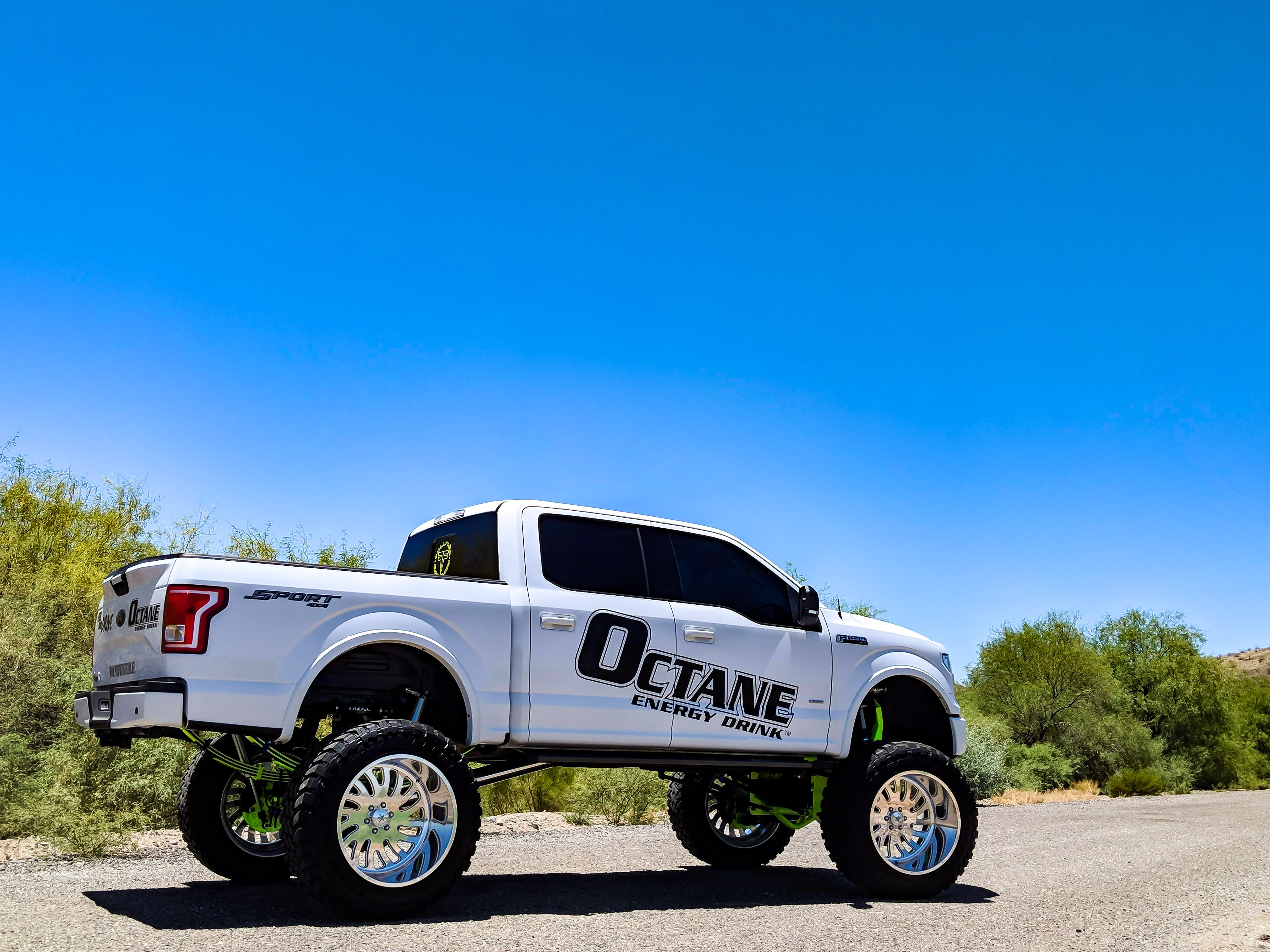 Ford F150 10-12 Inch Suspension Lift Kit 2015-2019